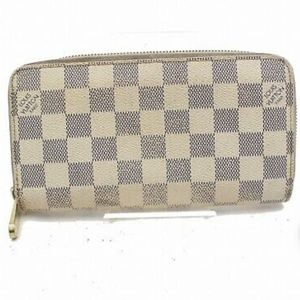 Authentic Louis vuitton wallet. Used.